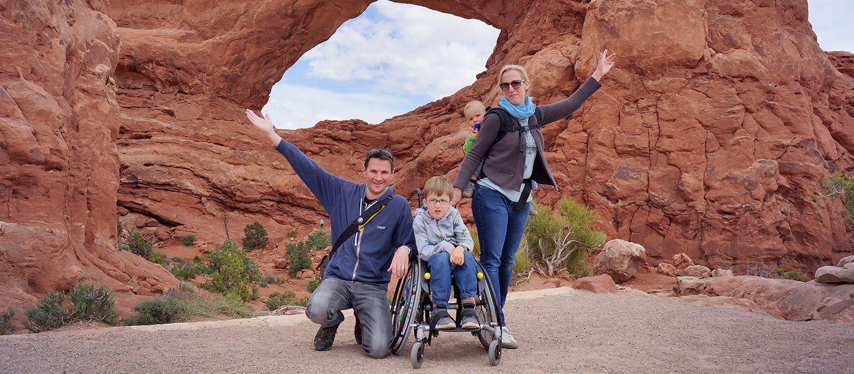 Mitarbeiterin Svenja mit Familie im Arches Nationalpark