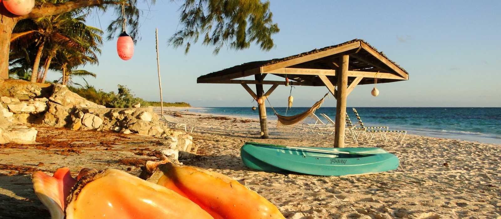 Ein Strand auf Great Exuma auf den Bahamas