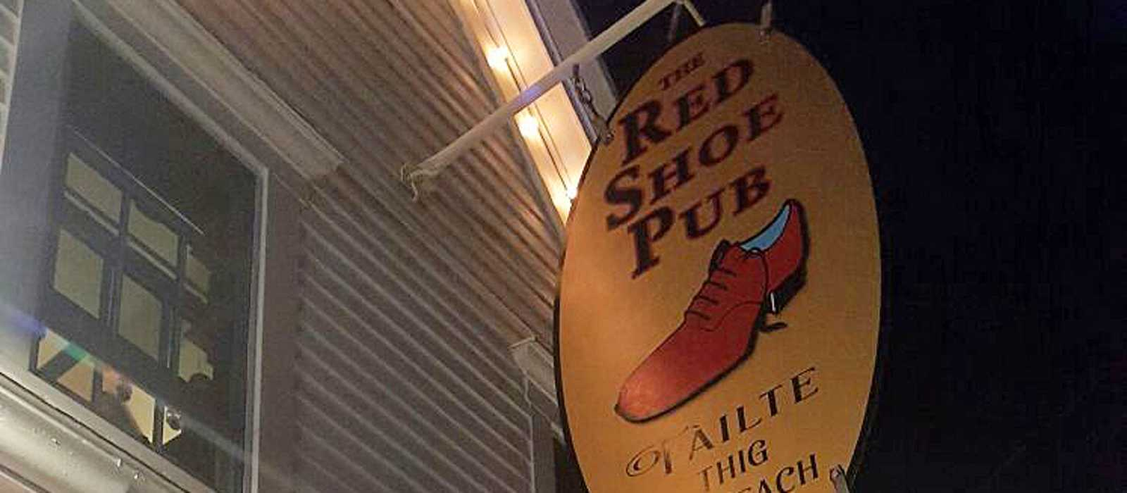 Red Shoe Pub in Mabou