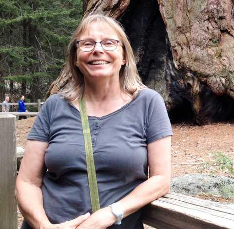 Mitarbeiterin Carola Bank im Sequoia-Nationalpark in Kalifornien