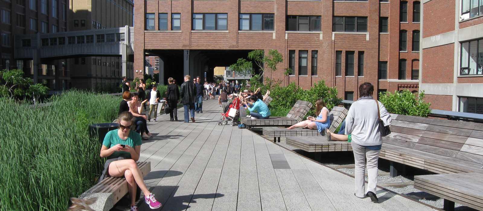 Flanieren im High Line Park