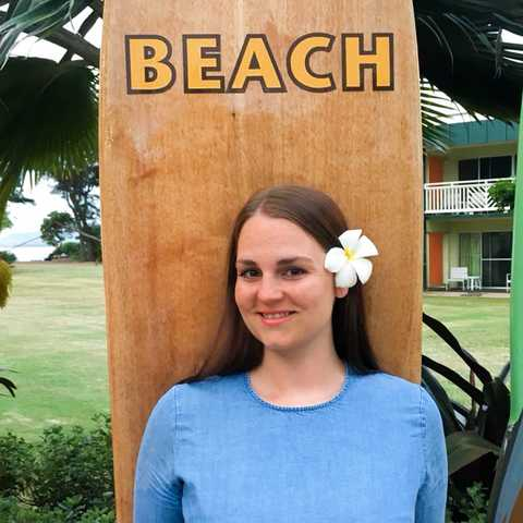 Mitarbeiterin Maja im Lava Lava Beach Club auf Kauai
