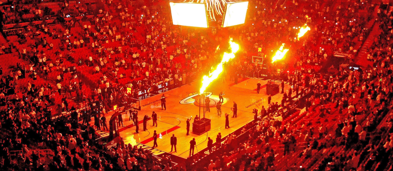 Feuerwerk in der Amerian Airlines Arena