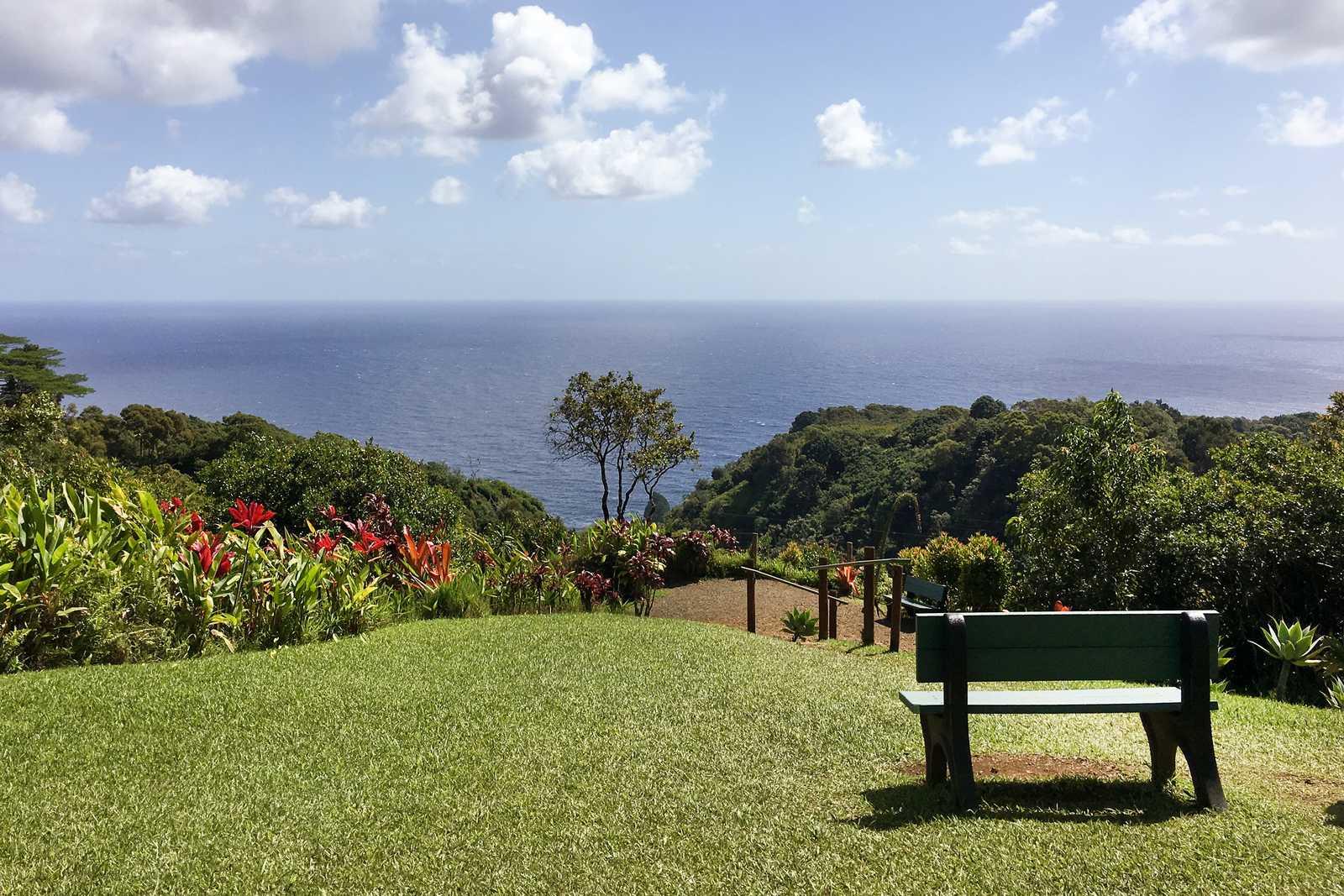Maui Garden Of Eden Canusa