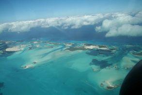 Blick aus der Luft auf dem Flug nach Andros