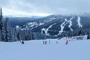 Skifahren in Snn Peaks
