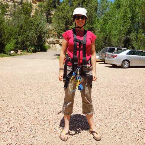 Dorothee Bubinger vorm Ziplining
