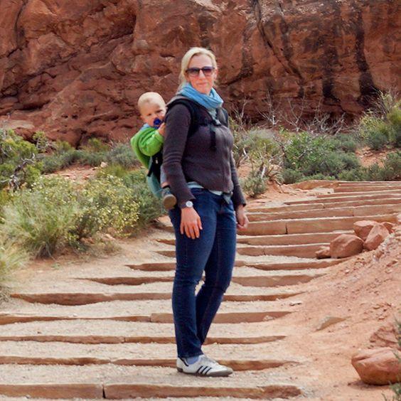 Mitarbeiterin Svenja im Arches Nationalpark in Utah