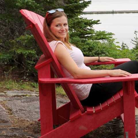 Bente Sieburg in Ingonish, Cape Breton, Kanada