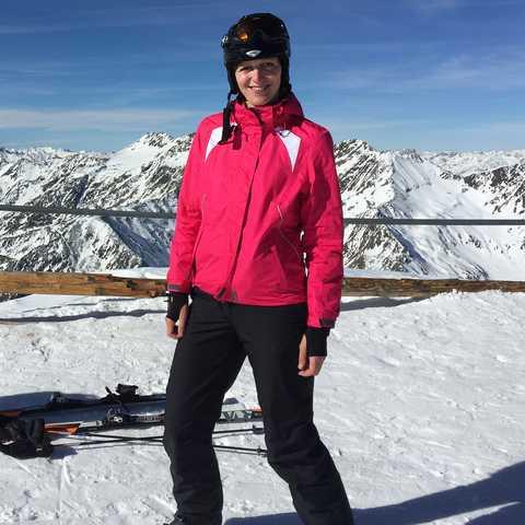 Birthe beim Skifahren
