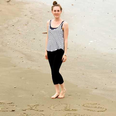 Mitarbeiterin Jessica am Strand von Galveston