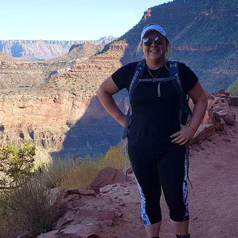 CANUSA-Mitarbeiterin Julica Rätzke auf einer Wanderung durch den Grand Canyon, Arizona