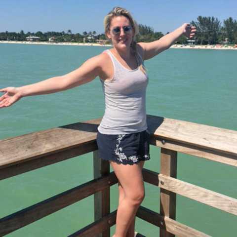 Michelle Lentfer in Naples, Florida