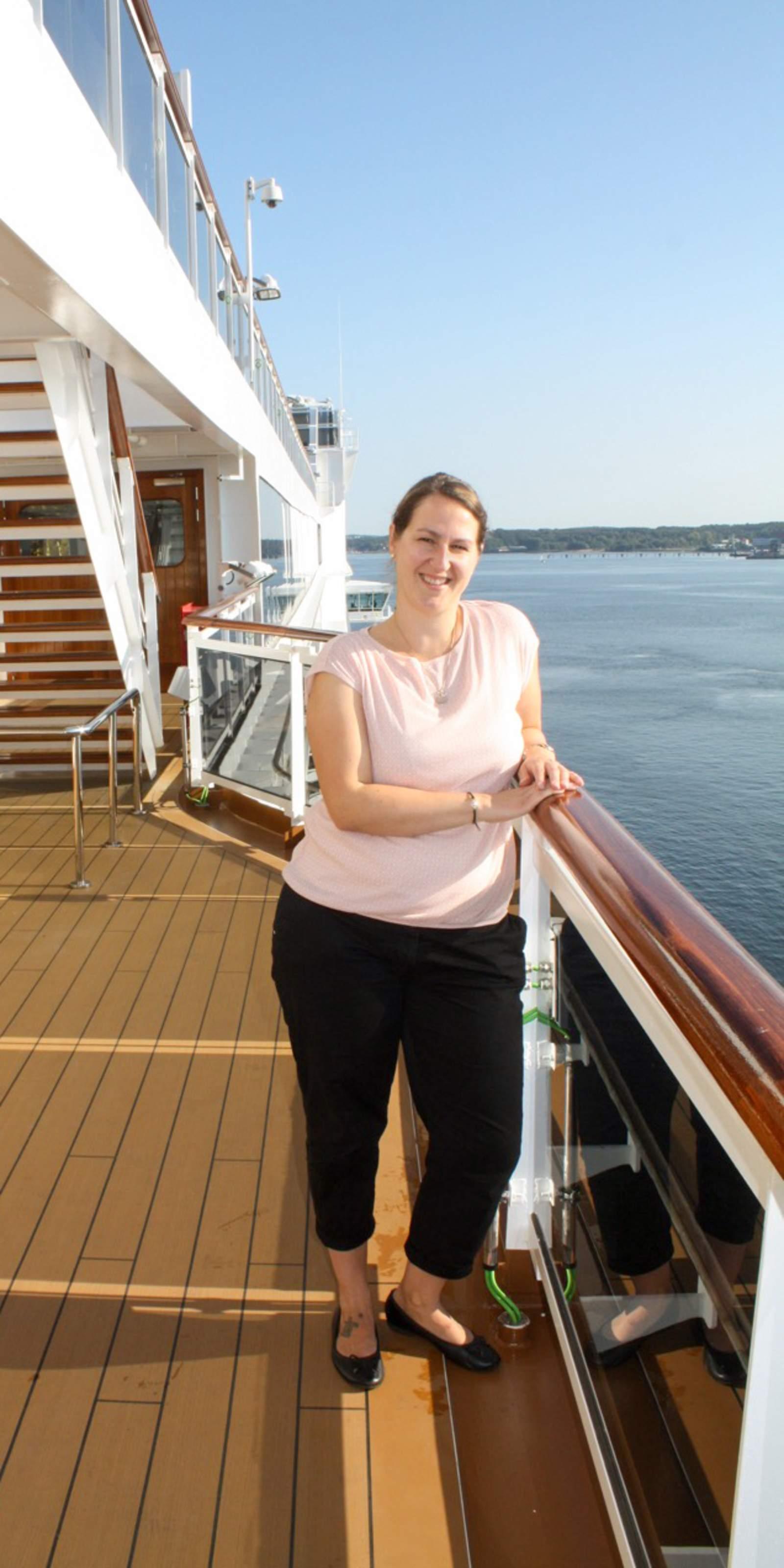 Sabrina auf einem Kreuzfahrtschiff