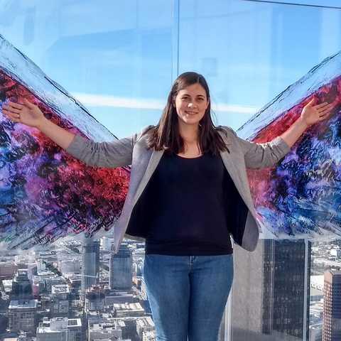 CANUSA Mitarbeiterin Saskia Burchard auf dem OUE Skyspace in Los Angeles