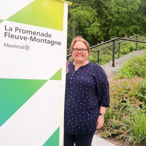 Mitarbeiterin Dortje an der Promenade Fleuve-Montagne in Montréal