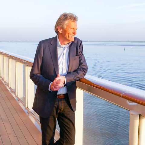 Tilo Krause-Dünow auf dem Deck der Norwegian Bliss von NCL