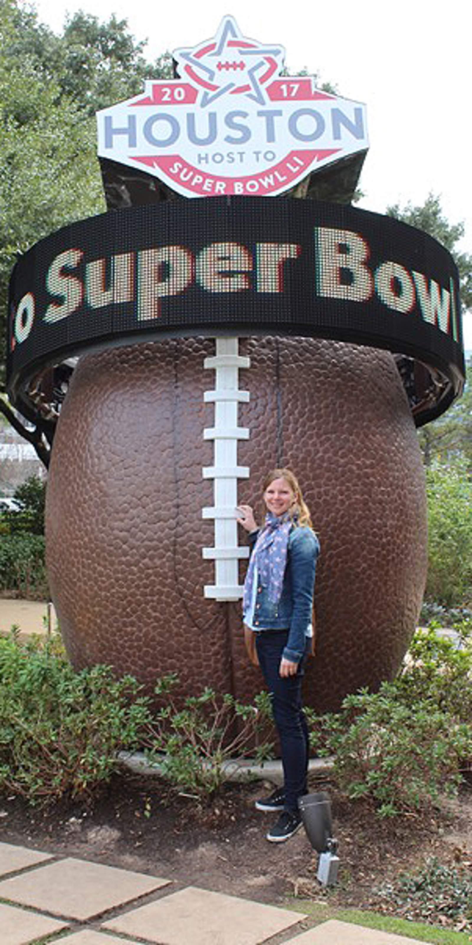 Katharina beim Super Bowl in Houston