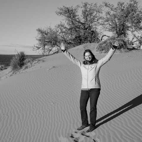 CANUSA-Mitarbeiterin Katrin Mazouz im Coral Pink sand Dunes State Park