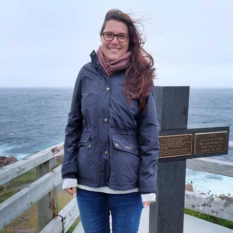 Marie Kipp am Ã-stlichsten Punkt Nordamerikas in Cape Spear, Neufundland