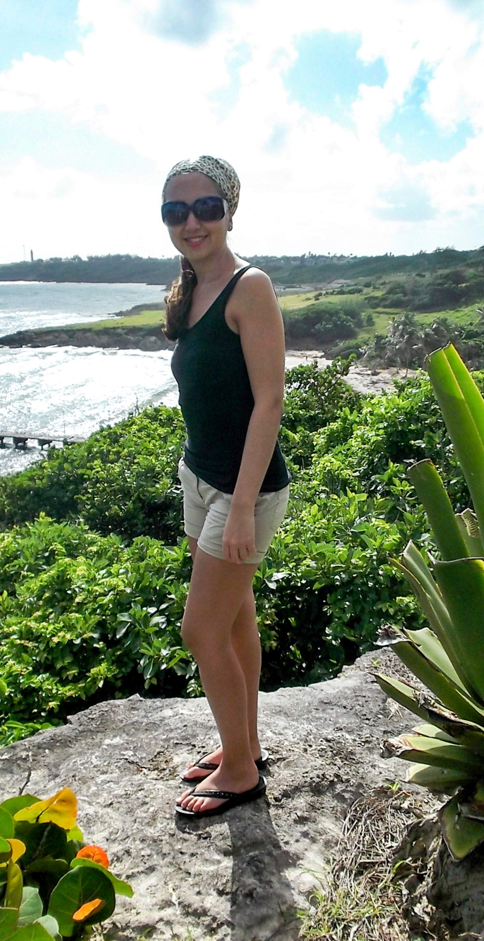 Mitarbeiterin Tanja Falzone in der Karibik