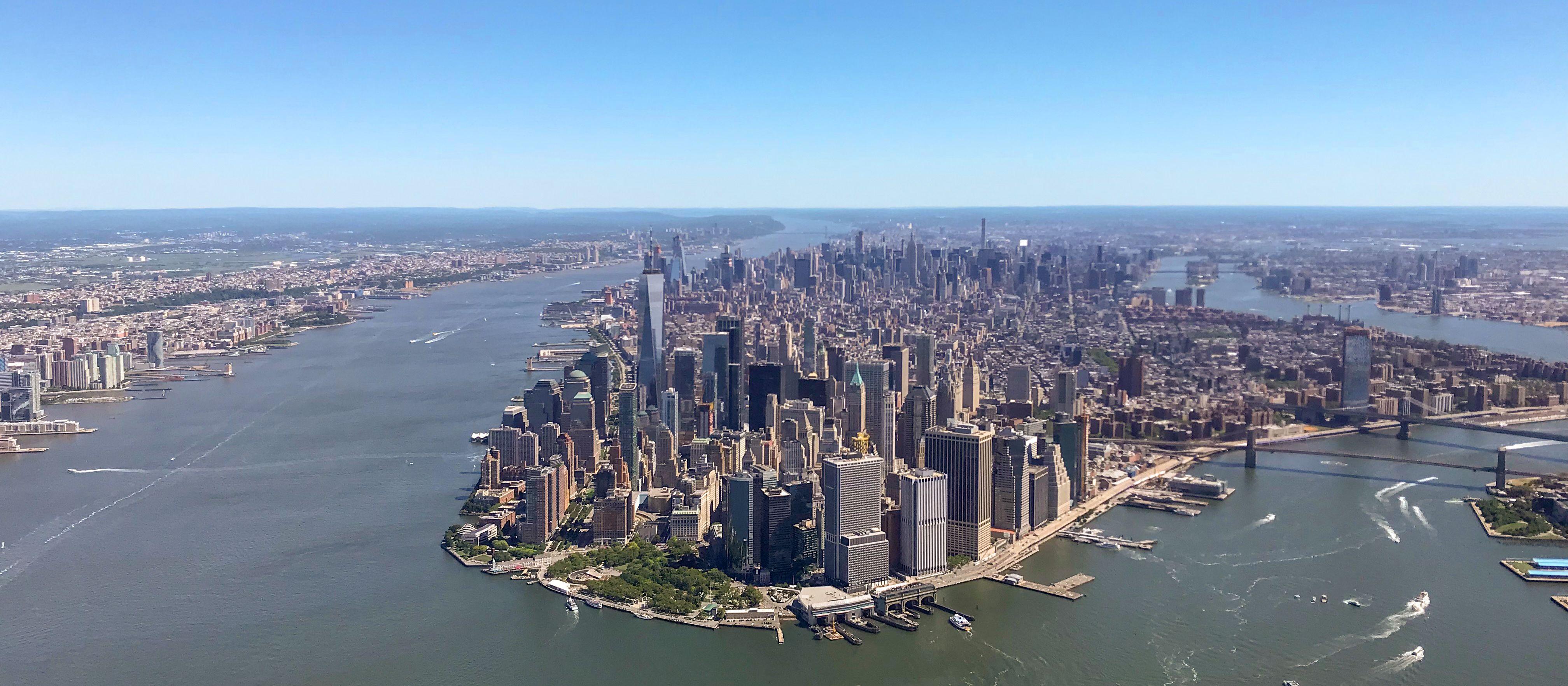 Luftaufnahme aus einem Hubschrauber über New York City