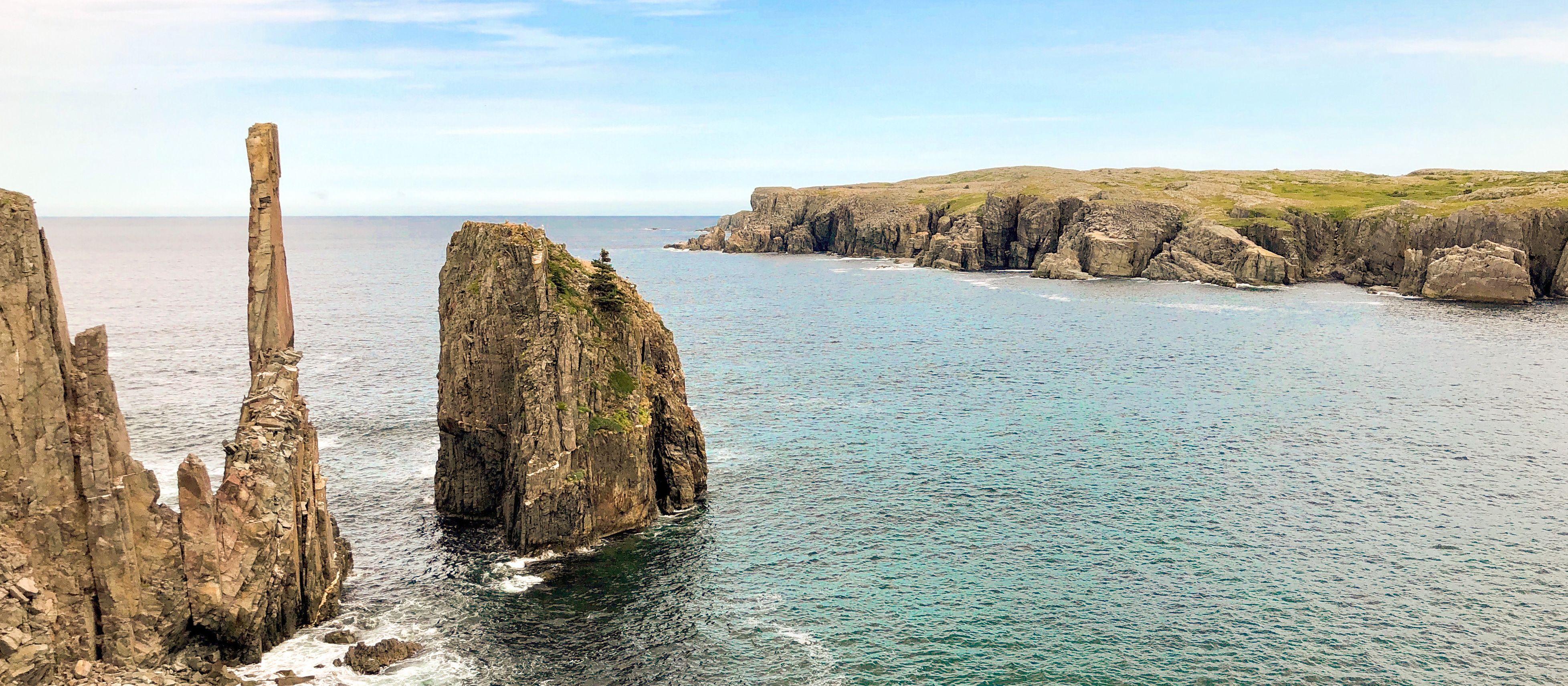 Ausblick auf die Küste des Dungeon Provincial Parks in Neufundland