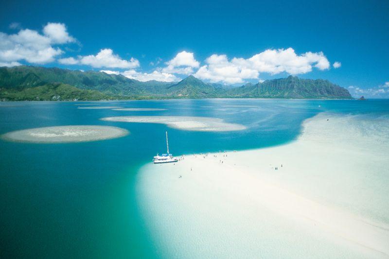 http://images.canusa.de/img/allgemein/titelbilder/hawaii-oahu-kanehoebay.800x.jpg