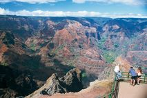 Hawaii - Strandhotels & Inselträume: Waimea  Canyon