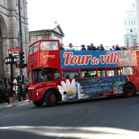 Hop-on: Hop-off Tour durch Montreal, Sightseeingbus