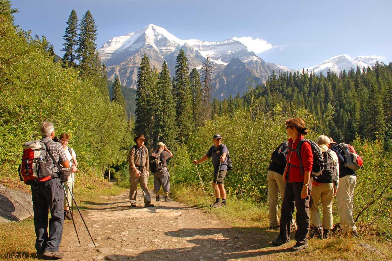 Kinney Lake Trail Mount Robson Park