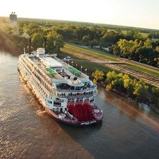 American Queen in der Daemmerung