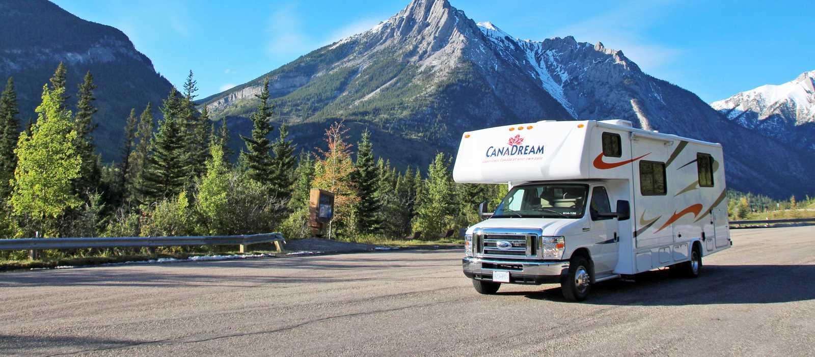 Das CanaDream MH-A Wohnmobil in Nakiska Kananaskis, Alberta