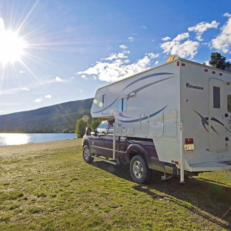 Truck Camper am Ethel Lake