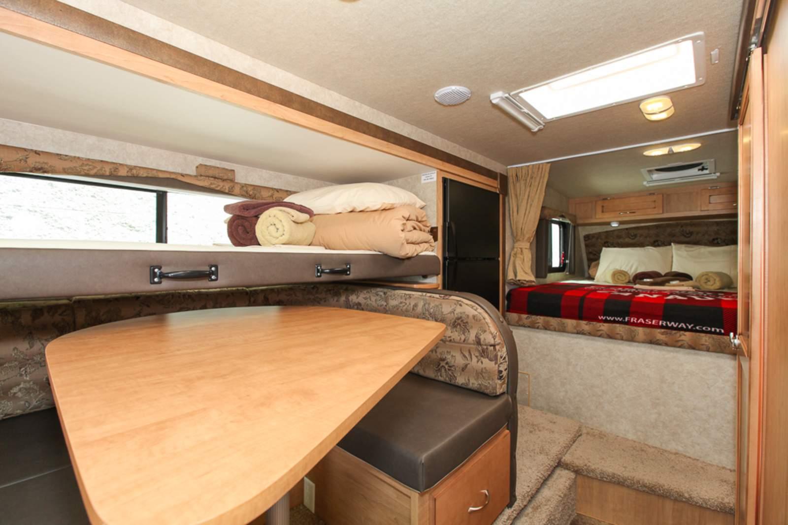 Wohnmobile Kanada Fraserway Rv Truck Camper Bunk Canusa