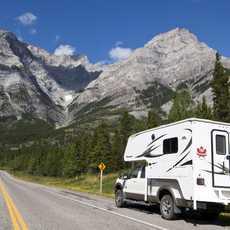 Unterwegs mit einem Fraserway RV Camper im Banff-Nationalpark