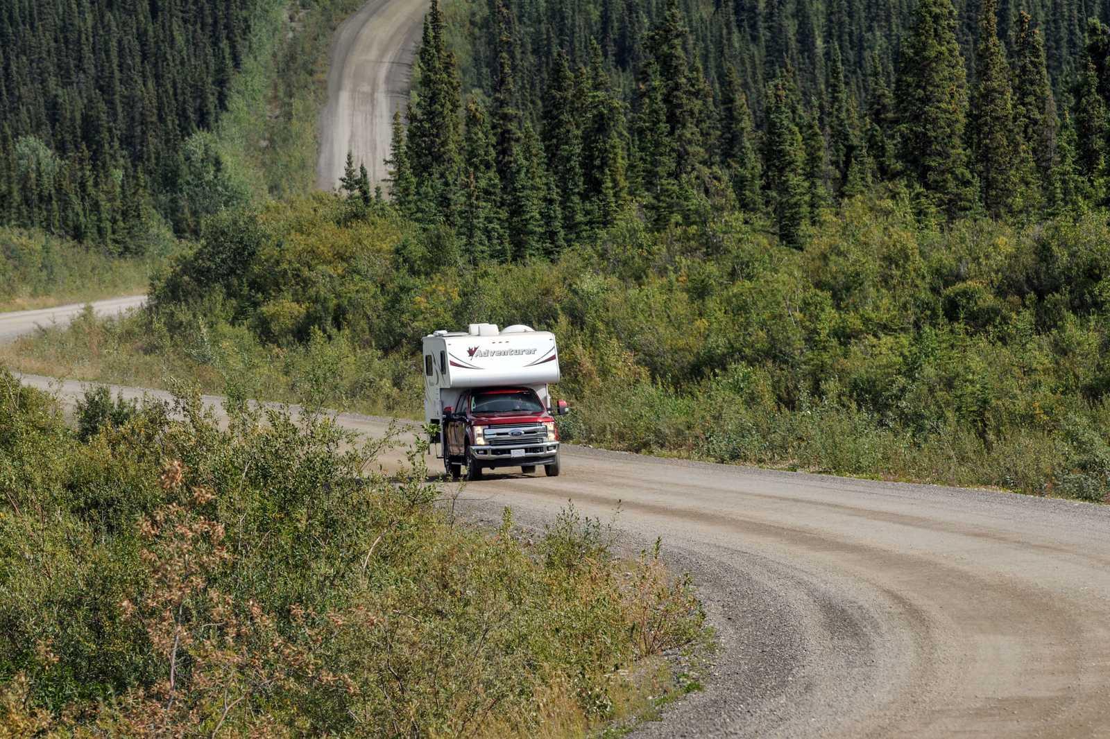 Roadtrip durch den Yukon mit einem Fraserway Truck Camper