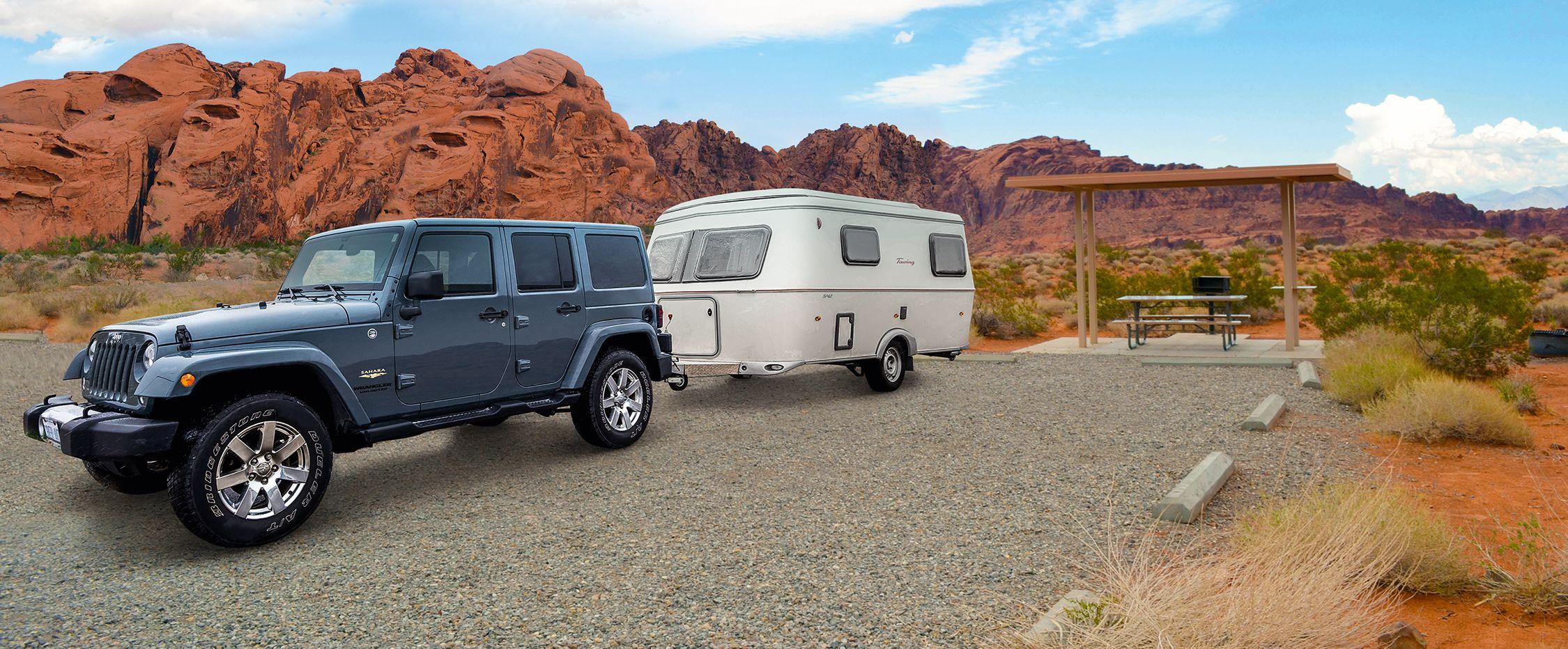 Jeep mit Trailer von Best Time RV