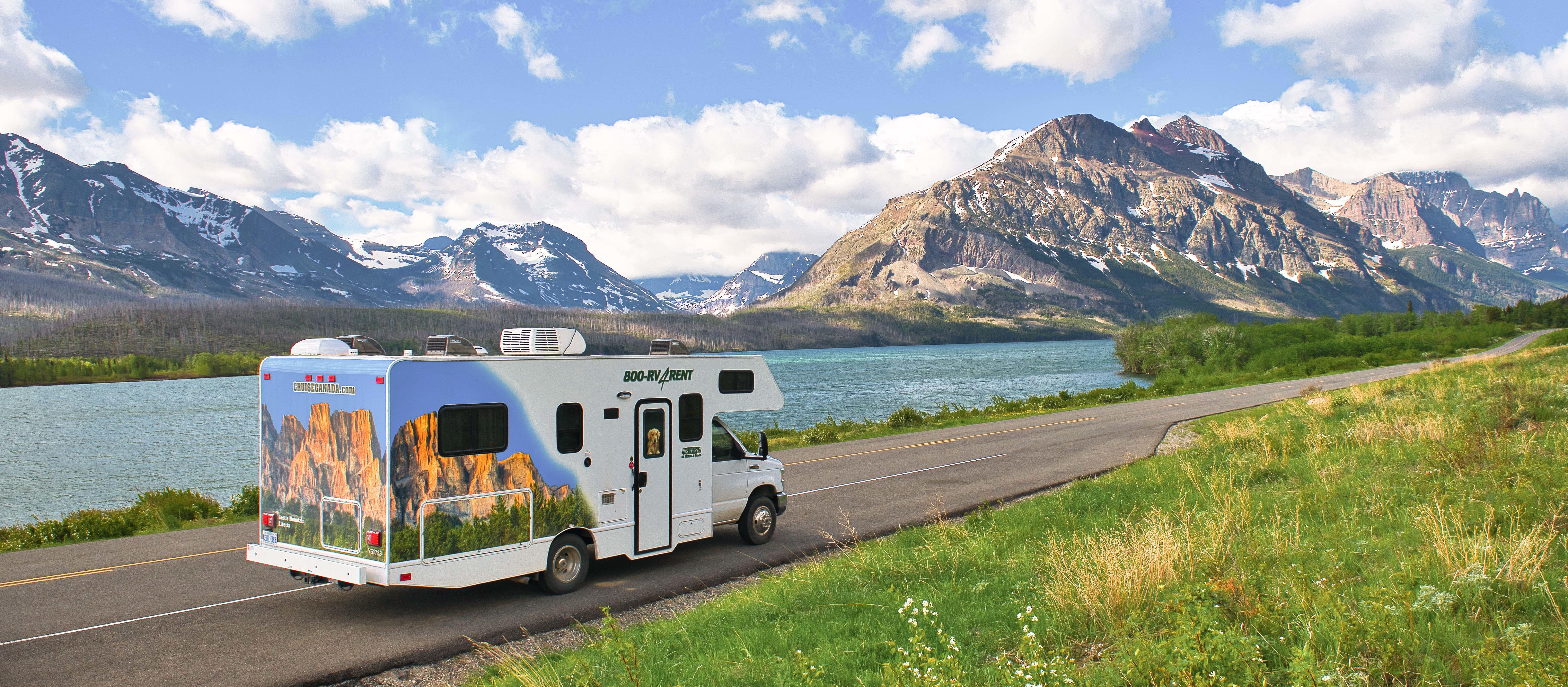 Der Camper C25 von Cruise America im Glacier-Nationalpark