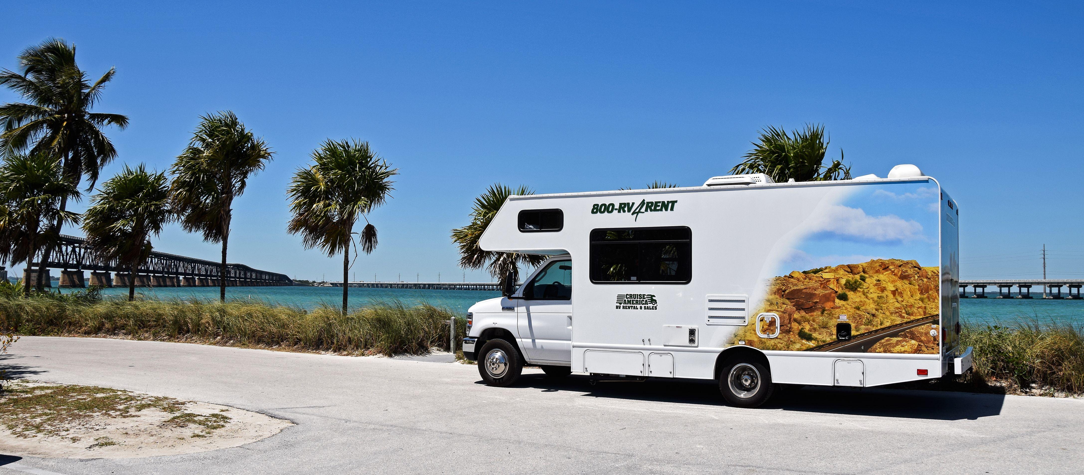 Das C25 Wohnmobil von Cruise America in Florida