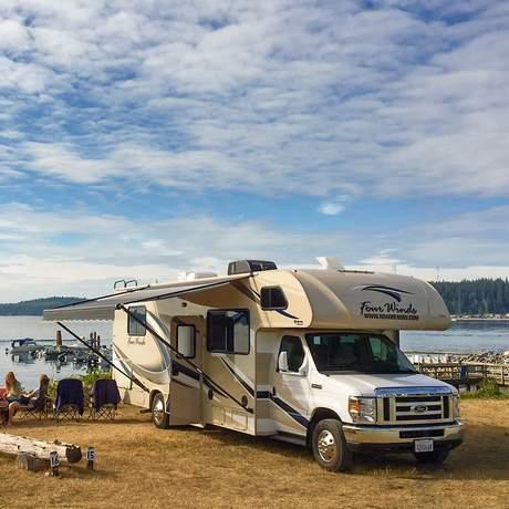 Roadbear Camper C27-30 im Alder Bay Resort auf Vancouver Island, Kanada
