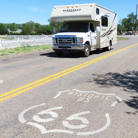 Aussenansicht des Taurus auf der Route 66