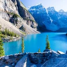 Aussichtspunkt am Moraine Lake im Banff Nationalpark