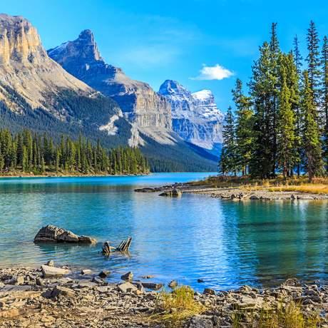 Spirit Island im Maligne Lake im Jasper Nationalpark