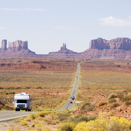 Camper beim Monument Valley