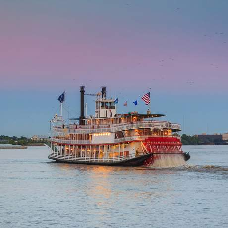 Raddampfer auf dem Mississippi bei New Orleans