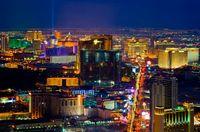 Las Vegas & Canyons mit Flug