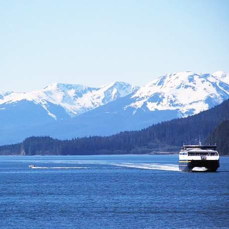 Eine Fähre auf dem Alaskas Marine Highway System