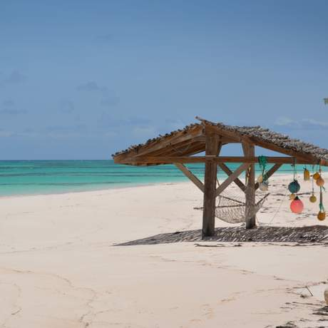 Der Strand des Greenwood Beach Resorts auf Cat Island