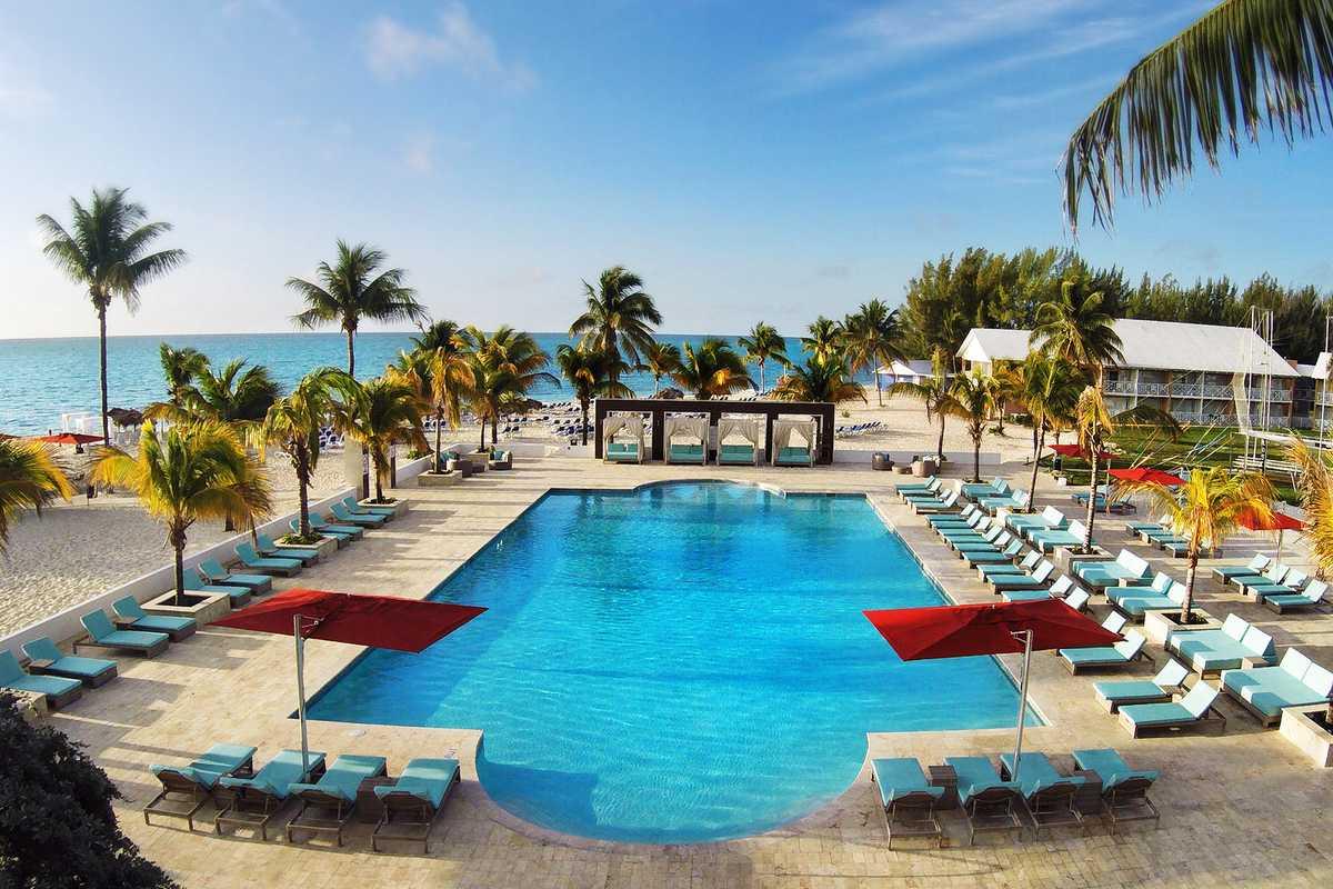 Viva Wyndham Fortuna Beach, Pool am Strand